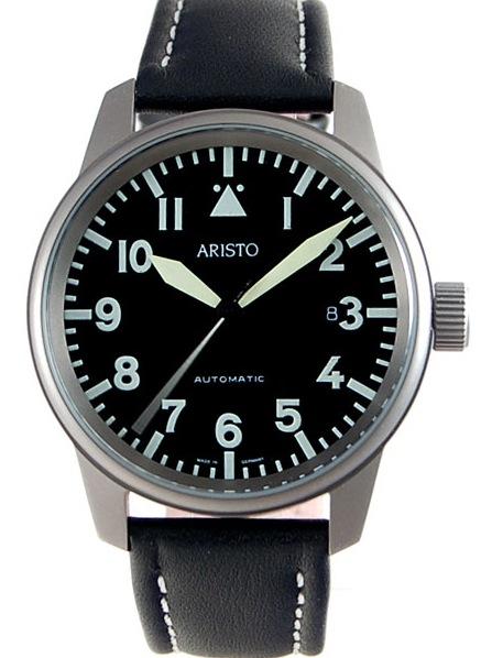 Aide ! Une montre type militaire à bas prix Aristo